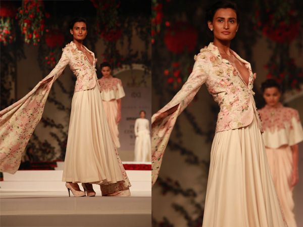 AICW 2015 : @varun_bahl12's flower power at #AICW2015