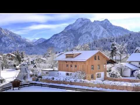 Apartements Luna Blanca - Schwangau - Visit http://germanhotelstv.com/luna-blanca Apartements Luna Blanca is a self-catering accommodation located in Schwangau just 3.7 km from Neuschwanstein Castle and 3.3 km from Hohenschwangau Castle. Free WiFi access is available. -http://youtu.be/nZjIBVlzWQQ