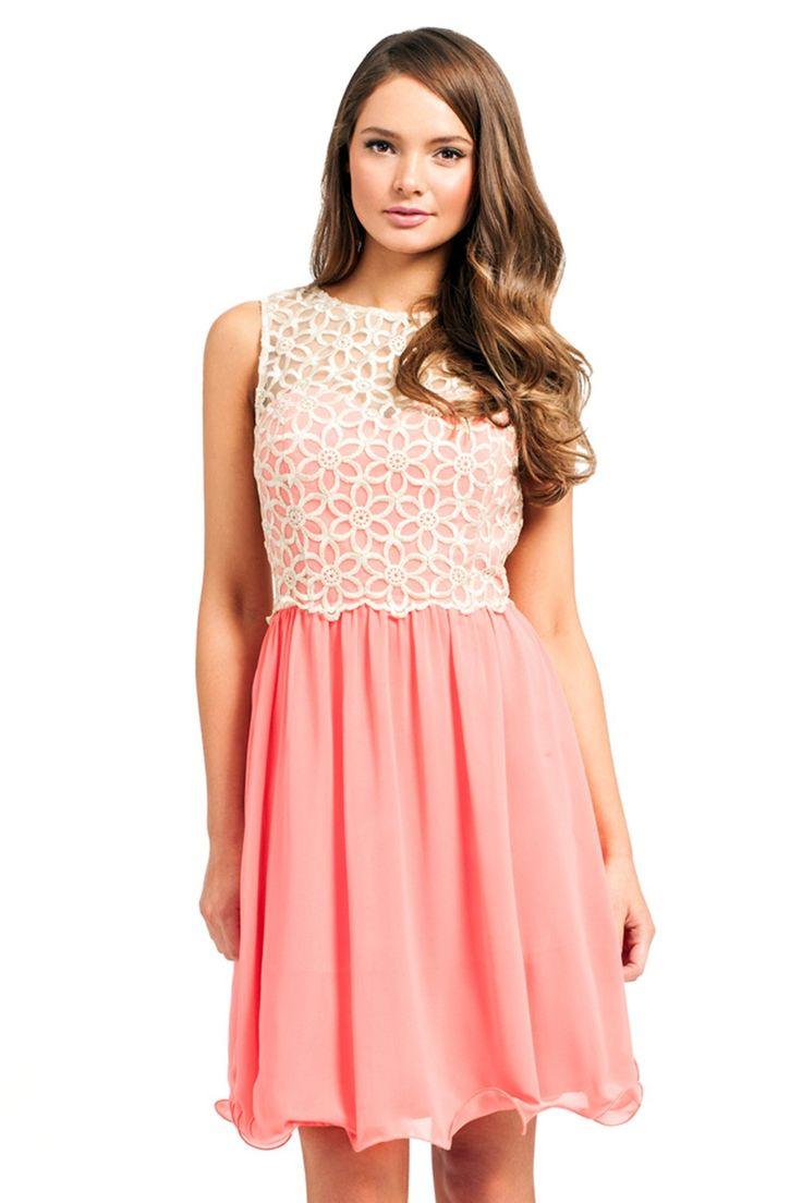 17 best W.Bridesmaid images on Pinterest | Cream maxi dresses, Coral ...