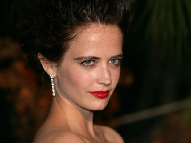 FRENCH MODEL AND ACTRESS EVA GREEN'S BREAKOUT ROLE WAS IN THE JAMES BOND FILM CASINO ROYALE. SHE HAS SINCE APPEARED IN DARK SHADOWS--300:RISE OF AN EMPIRE, AND THE UPCOMING SIN CITY:A DAME TO KILL FOR. GREEN'S FRATERNAL TWIN SISTER JOY TOOK UP A CAREER REARING HORSES IN THE NORMANDY COUNTRYSIDE WITH HER HUSBAND