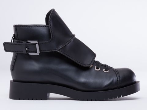 Jil Sander Navy | $474.95 | via solestruck