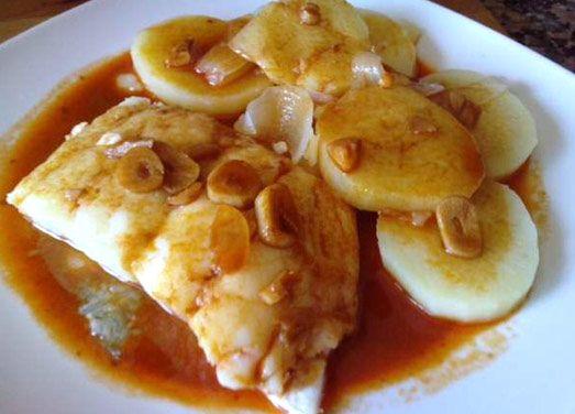 Calderada de bacalao – receta | Con cuchillo y tenedor