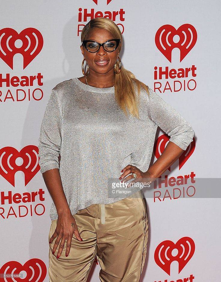 Mary J Blige poses backstage during the 2012 iHeartRadio Music Festival at MGM Grand Garden Arena on September 22, 2012 in Las Vegas, Nevada.