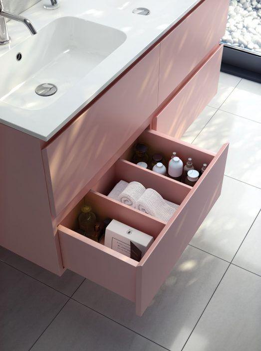 Muebles de baño personalizados, hechos a medida.  PLANTEAMIENTO 1. Buscar el mejor sistema de apertura 2. Diseño según el sistema de apertura 3. Opciones de interiores de cajón SOLUCIÓN 1. Variedad de tiradores y uñeros. 2. Diferentes calidades de interiores de cajones.