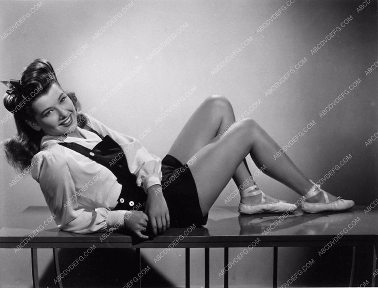 photo Sheila Ryan leggy and cute in shorts film Dancing Masters 1864-30