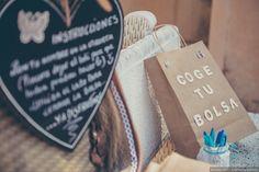 ¿Queréis demostrar a vuestros invitados lo mucho que les queréis? Sorprendedles con un regalo de bienvenida especial; las welcome bags son una gran opción para agradecer a vuestros invitados su cariño en el día más importante de vuestras vidas.