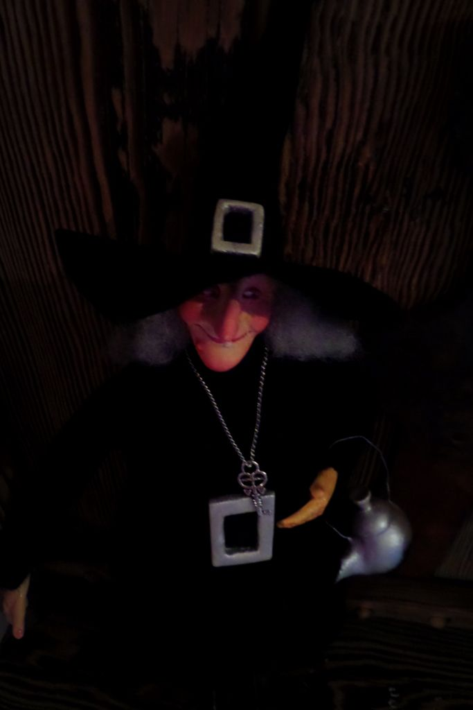 Witch for Easter. A witch in the kitchen brings luck :)