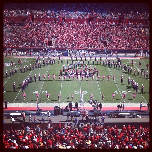 The Pride of Arizona performs before today's game against #USC. #arizonawildcats #arizonaalumni #beardown #marchingband