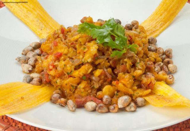 El seco de chabelo es un plato típico de Catacaos en Piura