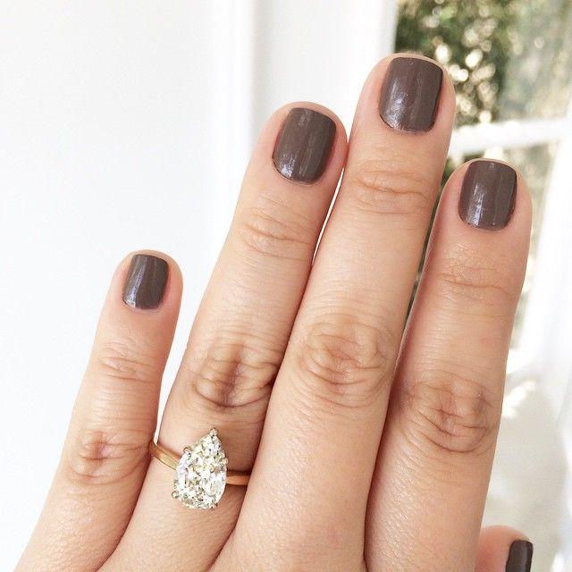 dark grey nails & pear shaped engagement ring #manicure #beauty #jewelry