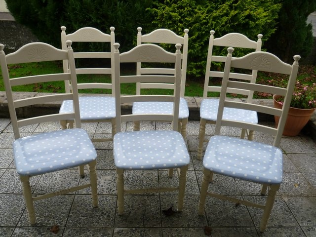 Preloved | hand painted farmhouse oak table and 6 chairs for sale in Maybole, Ayrshire