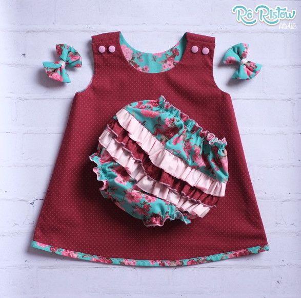 Kit contendo um vestido para bebê dupla face + tapa fralda + faixa de cabelo…