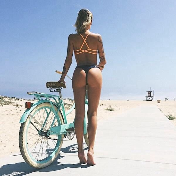 A Lover Of Life And Beauty — Girls on bicycle's @bikes-n-girls…