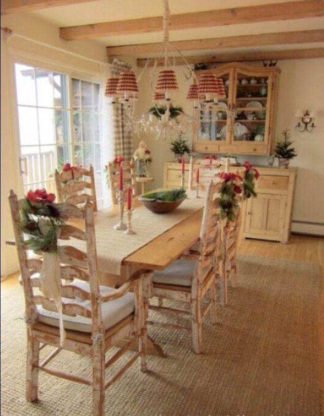371 best dining room images on pinterest dining rooms for Country dining room decor