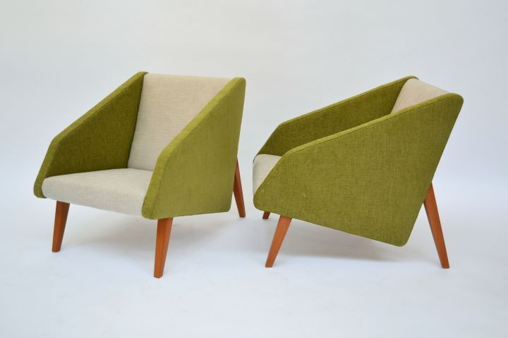 Coppia di poltrone stile anni 50 produzione Italia colori Verde e avorio in tess