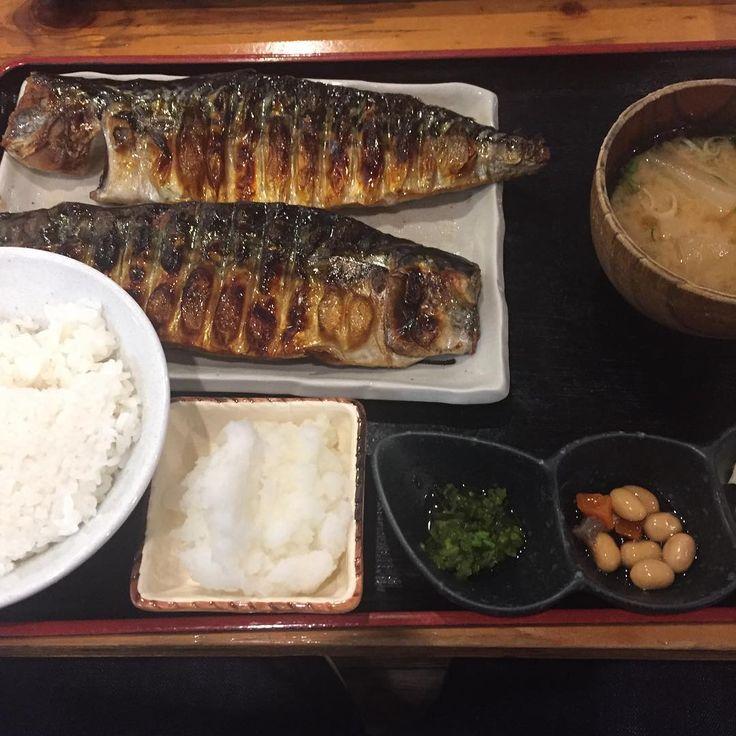 500円以内でランチが食べられる店が増えてきた。大阪の激安ワンコインランチの価格競争もココまで来ました。大阪・梅田のワンコインで食べられるおすすめランチをご紹介します。お金がない学生さん、忙しい大食いサラリーマンさん。お得ですよ!500円で手軽に食べられる、コスパ最強のワンコインランチのまとめ記事です。【大阪人も納得】梅田の激安&激ウマ!おすすめワンコインランチ10選をご覧ください。
