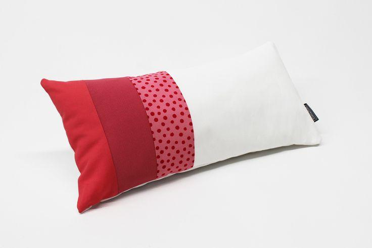 Kissen mit grafischem Muster 46 x 23 cm, ROSA von melamei auf DaWanda.com
