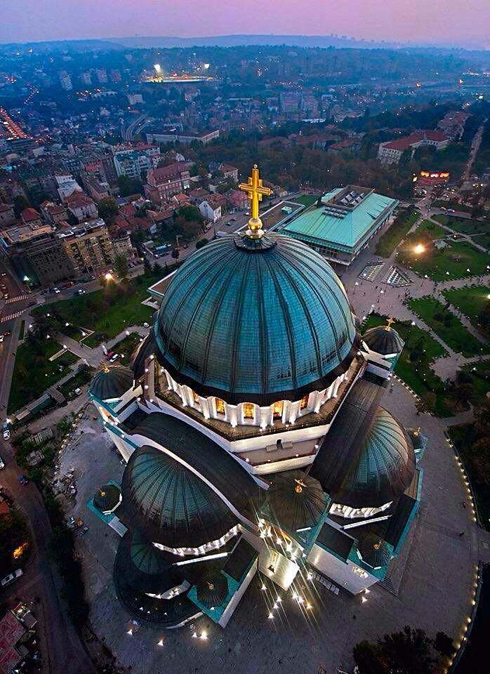Saint Sava Temple♦️Belgrade♦️Serbia #travelblogger #travelphotography…http://reversehomesickness.com/europe/travel-tips-for-belgrade/