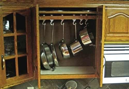 Konyhai tárolás: azok a rakoncátlan edények - Inspirációk Csorba Anitától