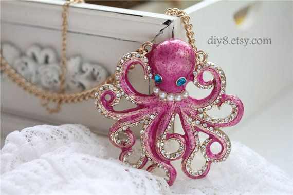 SO cute  Pink Paul the octopus  Pendant  Vintage Style  Golded chain   , animal  Necklace N36-01