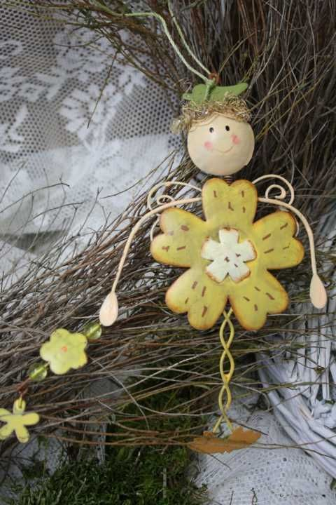 MEINE WELT Sommer Mädchen Kind Figur Garten Dekofigur Metall Grün/Gelb H 18 cm