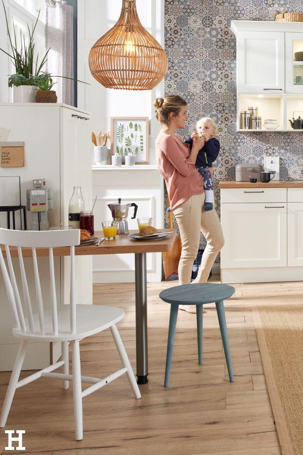 Moderner Landhausstil In Deiner Kuche Meinhoffi Hoffner Hoeffner Wohnen Mobel Wohnraum Wohndesi Kuche Kaufen Kuche Einrichten Esszimmerstuhle