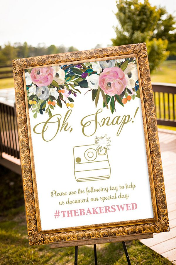 Oh, snap! Instagram wedding sign