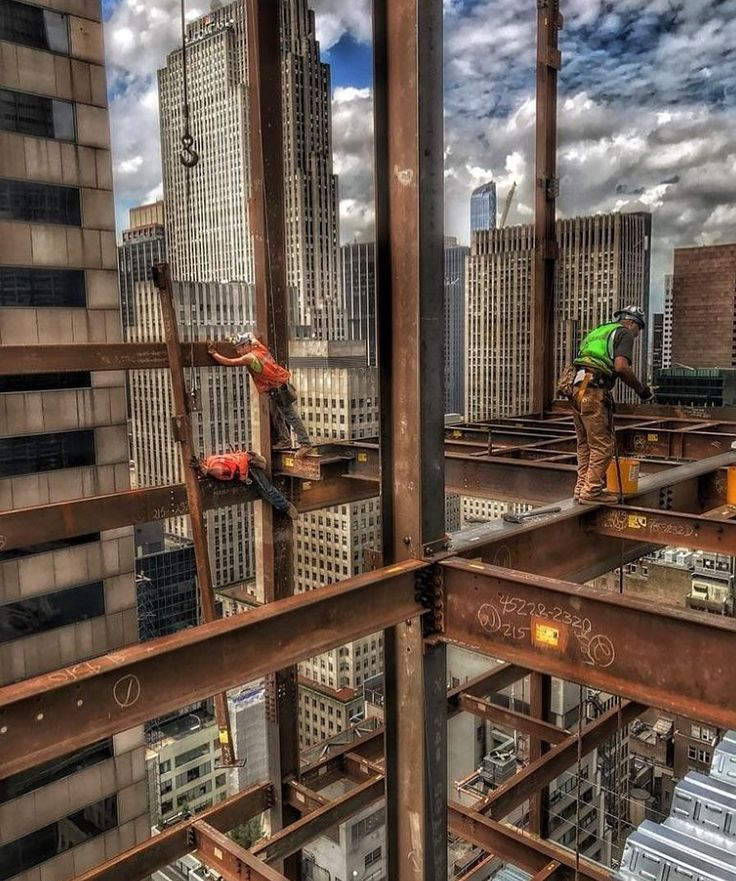 REPOSTED from @gsjoyce    Building America!  #Construction #constructionworker #constructionsite #weldporn #welder #welding #maga #build #makeamericagreatagain #america #ironworker #union #unionpride #electrician #carpentry #carpenter #crane #equipmentoperator #plumber #pipefitter #mason #masonry #apprentice #journeyman #f4f #photooftheday