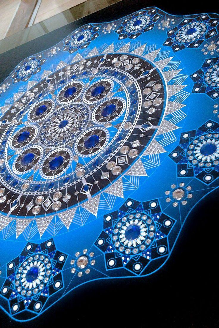 Mandala Blue Star / Size 66x66 cm / 1481 rhinestones / Artist: Gordana Grahovar