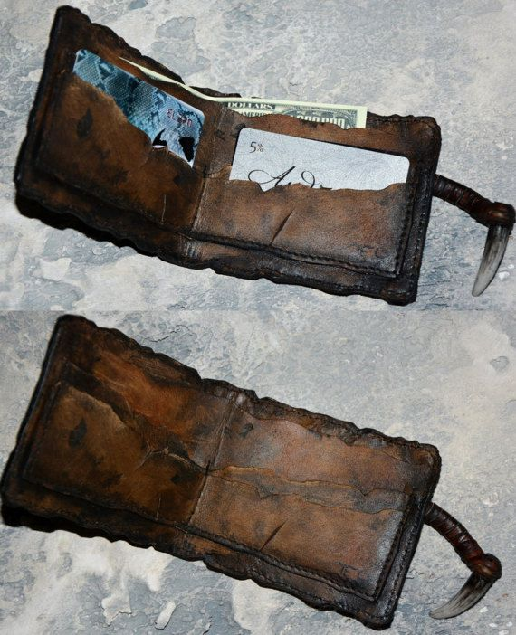 Zombie walking - Leather wallet - Steampunk wallet - Gift Men - Post apocalyptic - Mens wallet - Horror Eye - Mutation - Mad Max - Necronomicon - Undead - Zombie cosplay Surprise him with a zombie eye, steampunk leather wallet. This Mad Max inspired piece is as horrific as it is cool