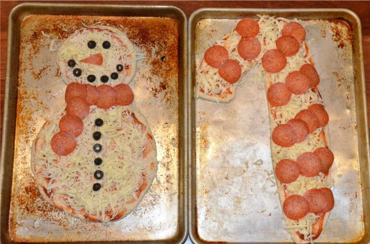 Matt loves making pizza with the kids. This would be so much fun at Christmas.