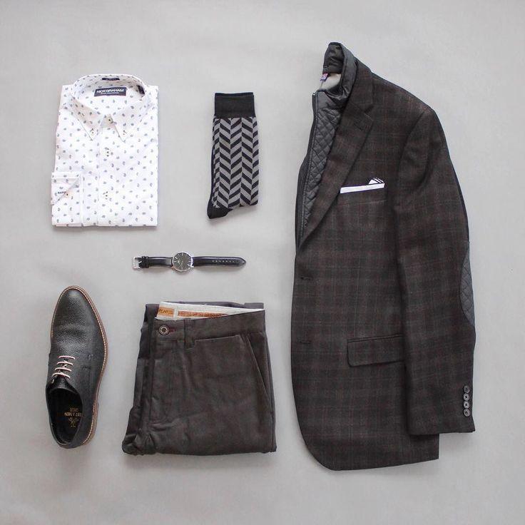 Monochrome Monday. Last full work week for 2016!  Let's do this!  Shirt: @itsnickgraham  Chinos: @niftygenius  Socks: @vybesocks  Shoes: @justamenshoe  Watch: @danielwellington  Pocket Square: @ainsleyandtroupe  Blazer: Savile Row Company