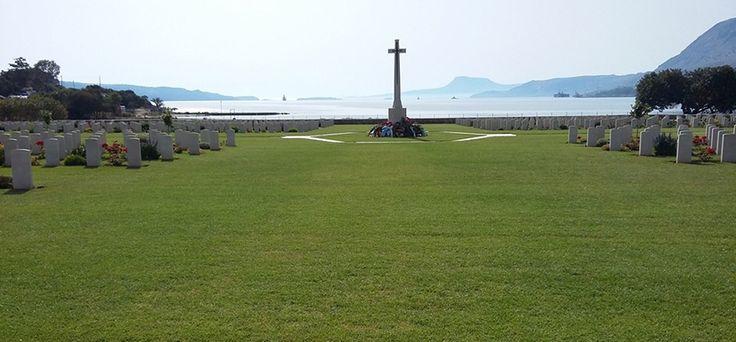 Conoce el cementerio de la Bahía de Suda - http://www.absolutgrecia.com/conoce-cementerio-la-bahia-suda/