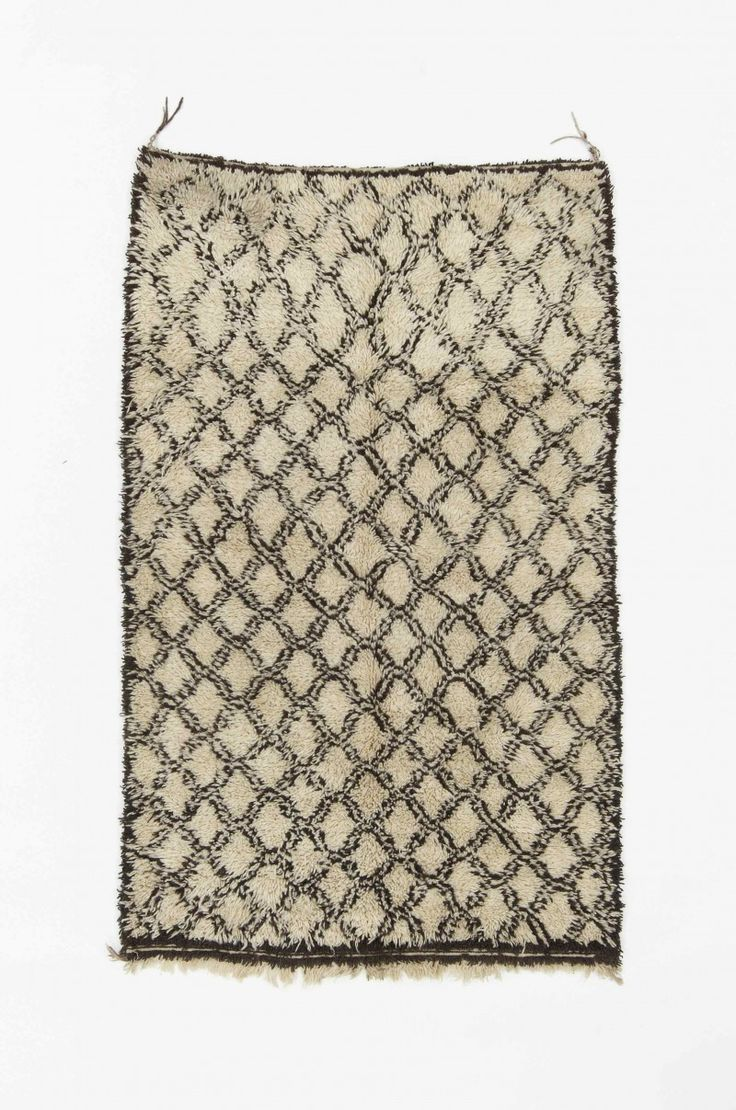 "Beautiful Ben Ourain rug, handwoven wool, Morocco, 21 c., 4'7""x7'7"""