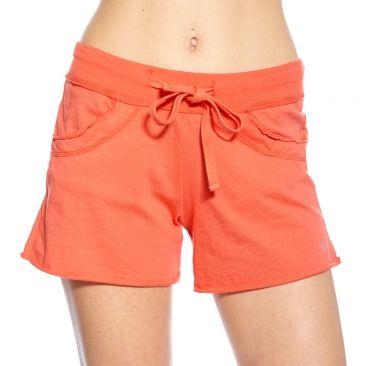 Joli short en coton orange, souple et confortable, idéal pour tous les cours.      Coupe droite classique, idéale pour tous les types d'entrainements     Large ceinture élastiquée pour un excellent maintien lors des mouvements