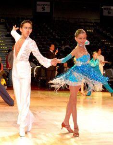 dansul dansul Dansul – activitate perfecta pentru intarirea oaselor la baieti youth1