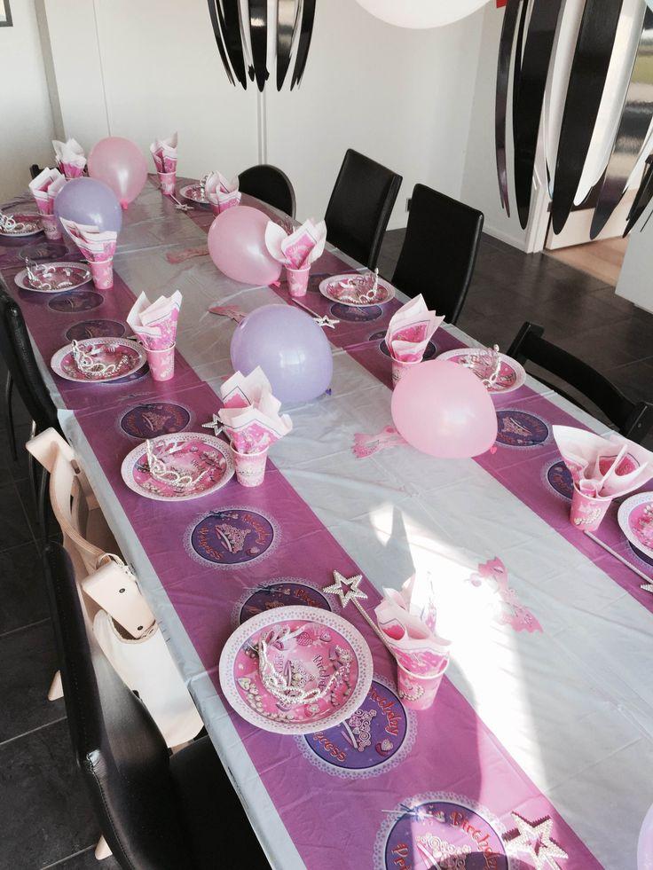 3 års fødselsdag med Prinsesse tema fra billig-børnefødselsdag.dk