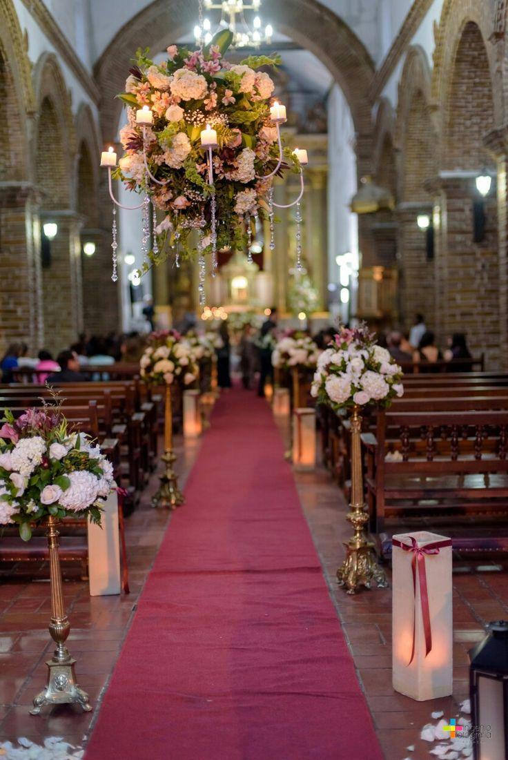Beautifull wedding... At the church