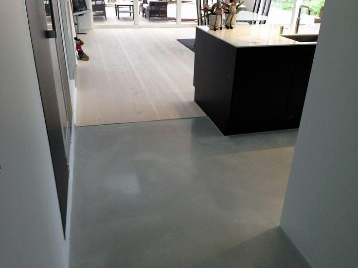 Polerede betongulve fungerer fint i kombination med andre gulvmaterialer
