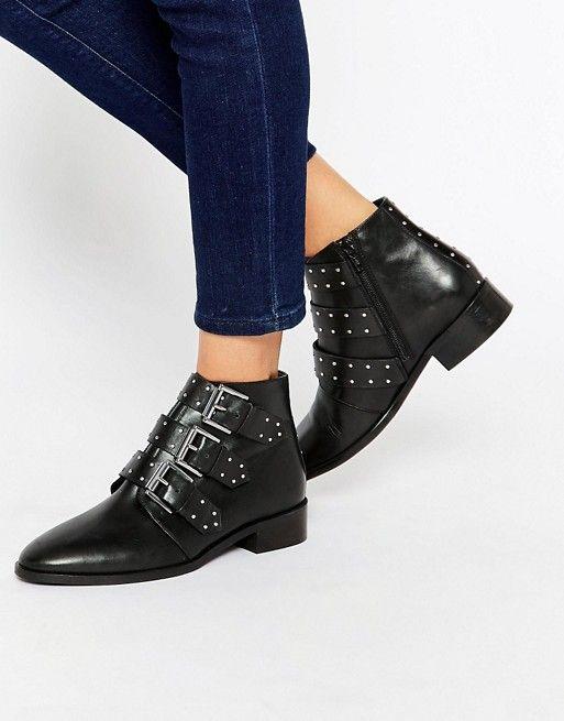 Je pense que je vais bientôt me faire greffer ces boots, vula fréquence à laquelle je les mets! J'ai une bonne nouvelle pour vous d'ailleurs, si vous étiez à leur recherche et que vous avez… Voir l'article