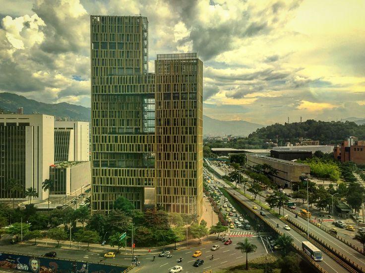 🌳🌲🏢🏫🌳🚦🛣🚦🚗🚕🚙🚌🚓🚑🚐🚚🚛🏍🚲  Ciudad, City, Edificios, Buildings, Calles, Streets, Medellin, Antioquia, Colombia