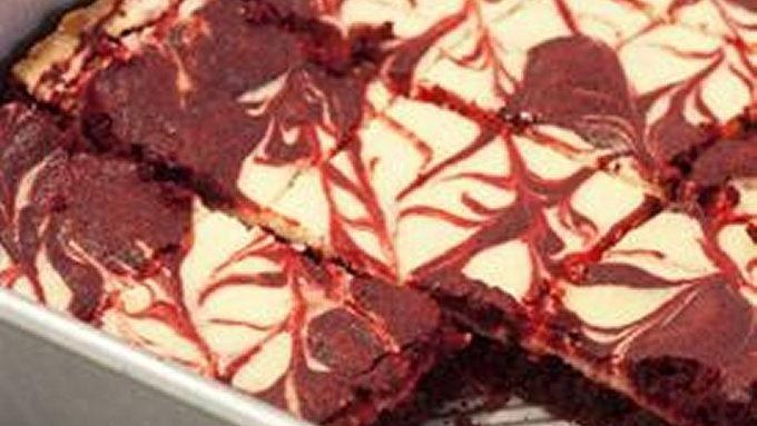 red velvet cheesecake swirl brownies red velvet brownies red velvet ...