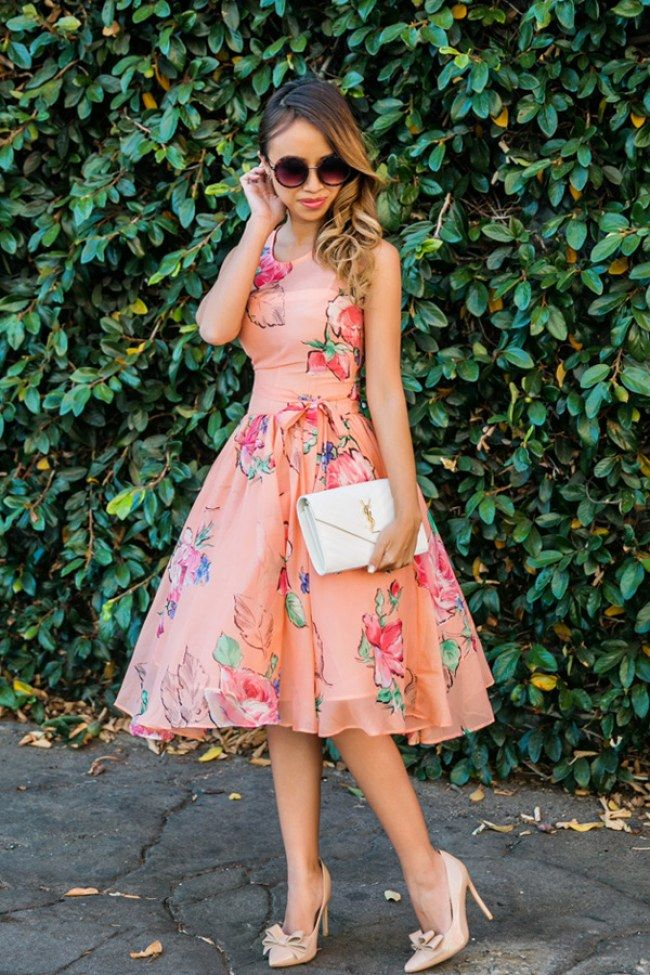 50 Stylish Wedding Guest Dresses That Are Sure To Impress: Prom Dress. For more ideas, click the picture or visit www.sofeminine.co.uk