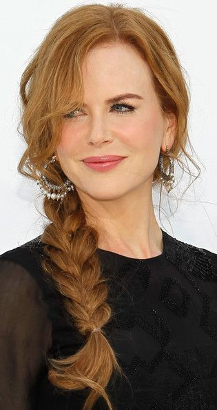 Nicole Kidman's red hair looks beautiful in this braid and paired with pink lips!