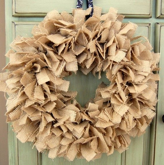 burlapInteriors Design Offices, Fall Burlap Wreaths, Burlap Christmas, Rag Wreaths, Offices Interiors Design, Design Interiors, Fun Crafts, Diy, Interiors Ideas