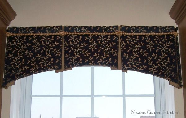 Box-Pleated Valance With Arched Bottom - Newton Custom Interiors