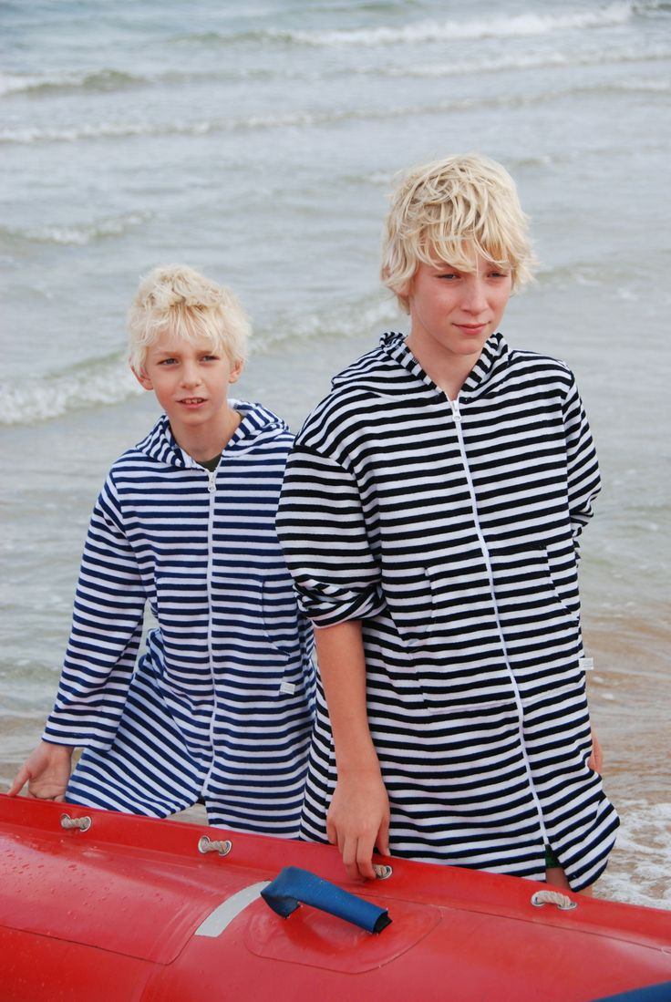 www.ejkids.com.au  EJ Boy - Navy/White and Black/White Hooded Towelling Swim/Beach Robes