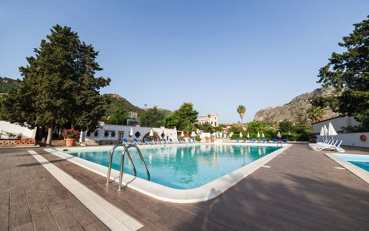 Read the Kalura Hotel, Sicily hotel review on Telegraph Travel. See great photos, full ratings, facilities, expert advice and book the best hotel deals.