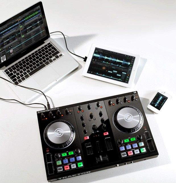Native Instruments launches secondgen Traktor Kontrol S2 and S4 DJ systems with iOS support