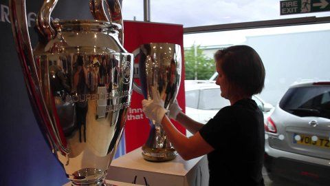 As part of the personal achievements that our Wessex Garages #Nissan dealership on Hadfield Road in #Cardiff has worked very hard for, this weekend they had the privilege of hosting the UEFA Champions League and the UEFA #SuperCup trophies due to their successes through representing Wessex Garages and the Nissan brand which is taking over the sponsorship the #UEFA #ChampionsLeague